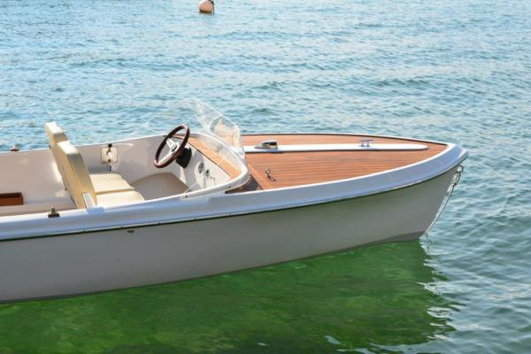 PEHN eVario530 Electricboat