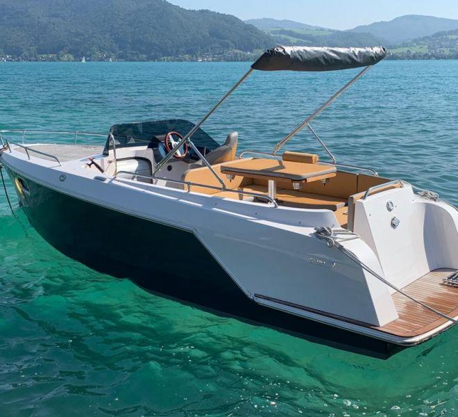 Pehn eVario 660 Elektroyacht luxus elektroboot